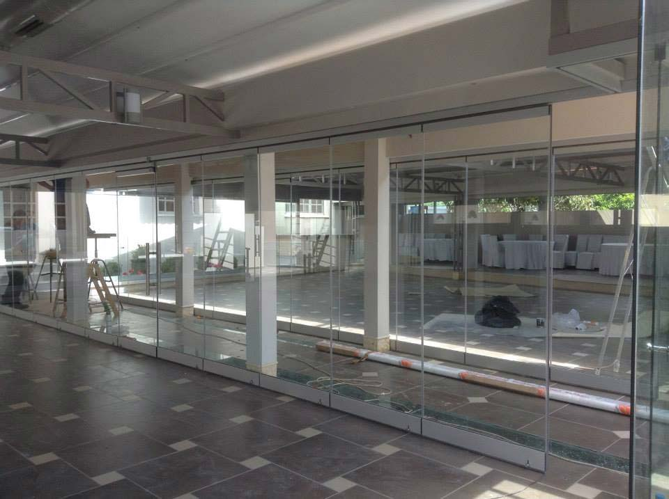 Horizontal-Schiebe-Wand Systeme - Glasera